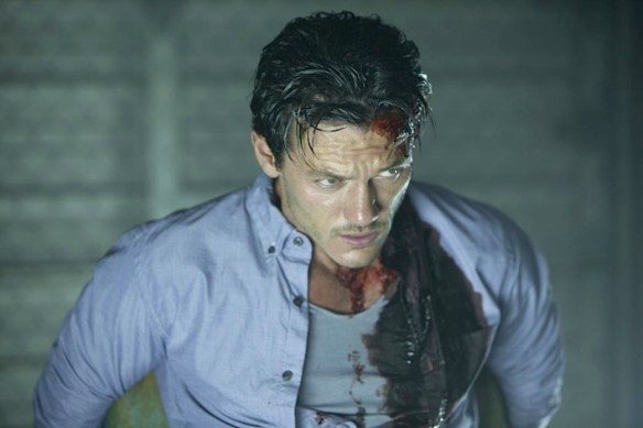 no-one-lives-luke-evans-girlfriend-466912920
