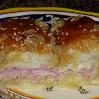 Baked Ham and Swiss Cheese Sliders ~ A Party Hit!