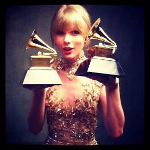 Taylor Swift CoverGirl Grammys