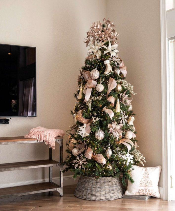 Classy Christmas Tree Decoration Ideas