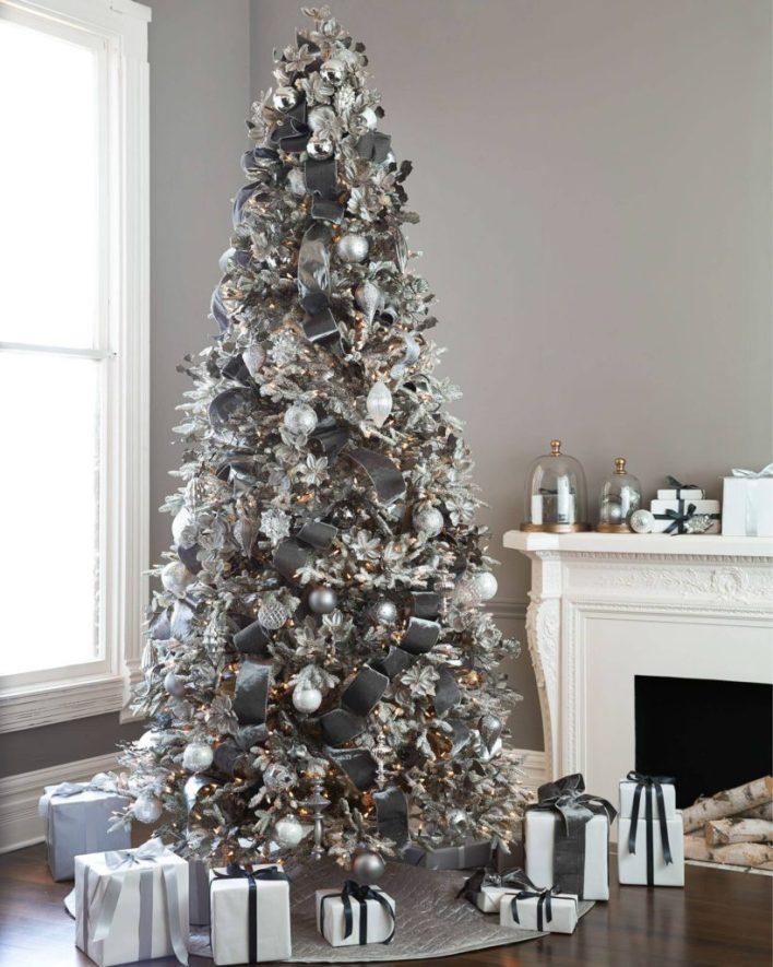 Crystal Palace Christmas Tree Decoration Theme