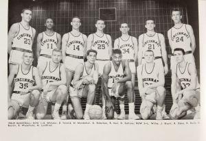 Oscar Robertson team photo UC