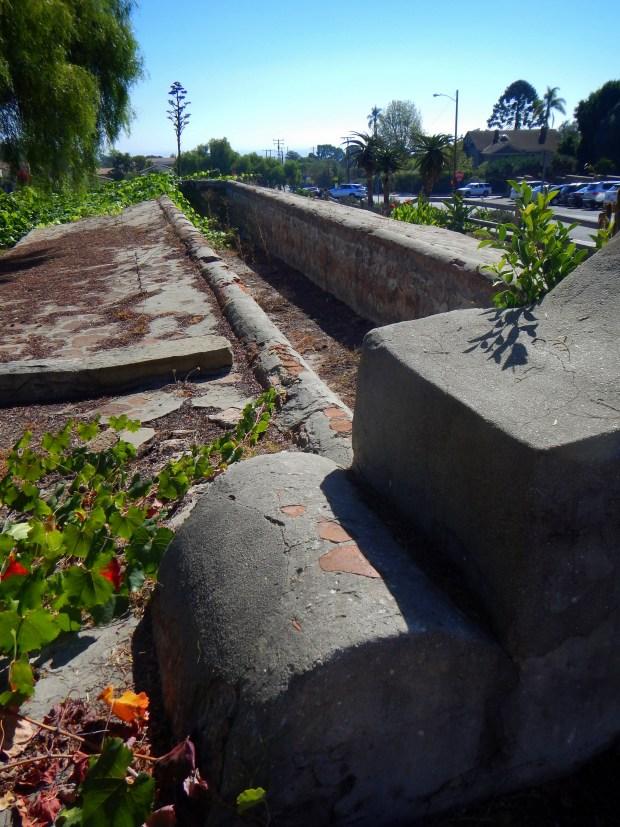 Lavanderia, Mission Santa Barbara, California