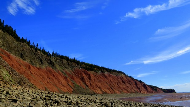 Looking down the beach from in front of Red Cliffs, Five Islands Provincial Park, Nova Scotia, Canada