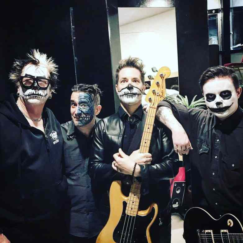 The Offspring masqués