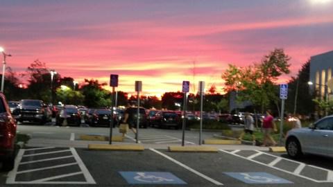 04102019 Neon Sunset Natic Mall