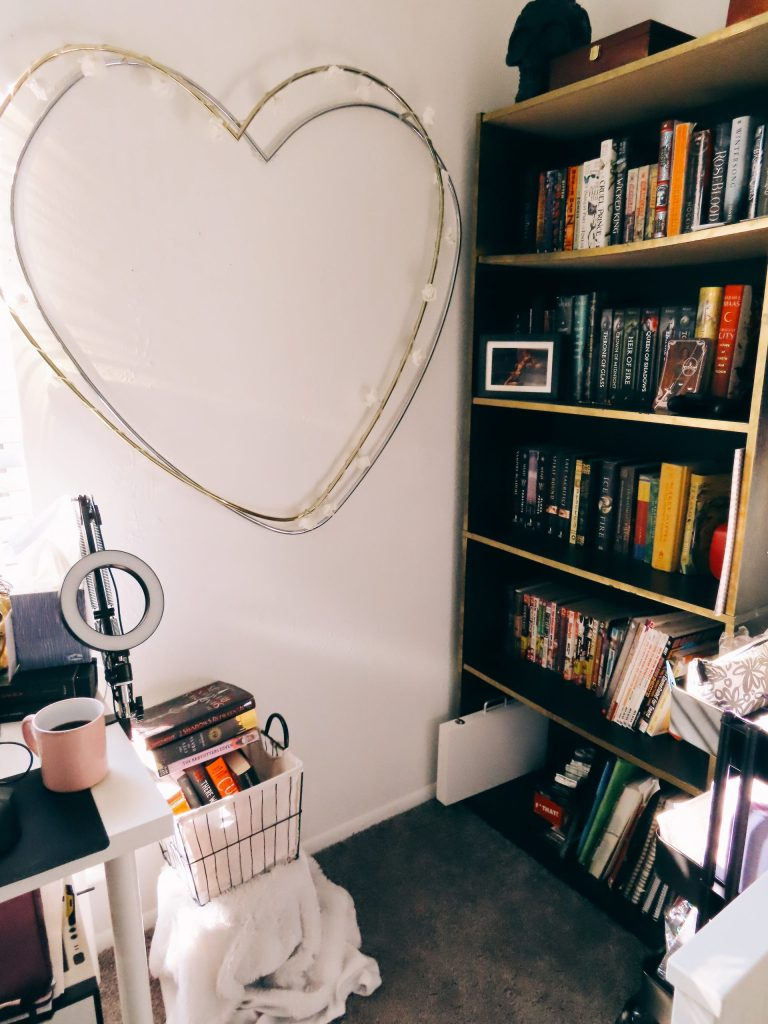 My little bookish corner