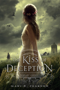 Mary E. Pearson – The Kiss of Deception