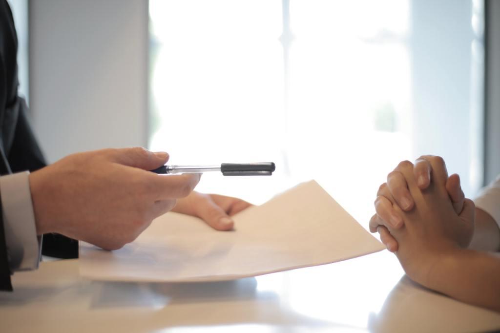 Firmare accordo di contratto collettivo