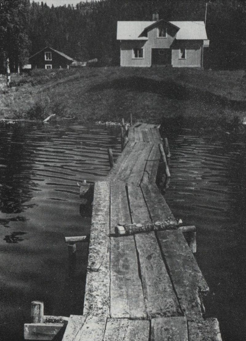 Brygga vid skogsgården Flinten år 1970. Foto © H Jung.