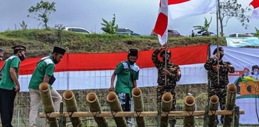 Perayaan Hari Santri di Ponorogo Diawali Dengan Dentuman Meriam Bambu
