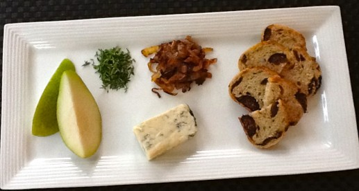 gorgonzola caramelized onion and pear crostini ingredients
