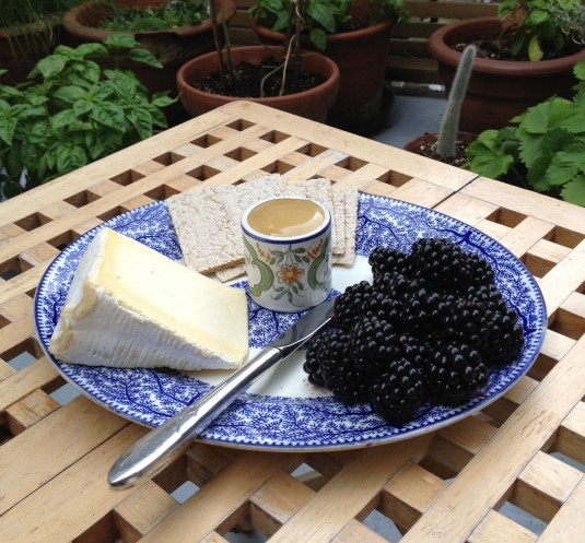 blackberrycheeseplate