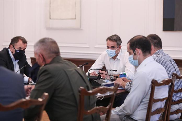 Μητσοτάκης - Σύσκεψη - ηγεσία Ενόπλων Δυνάμεων