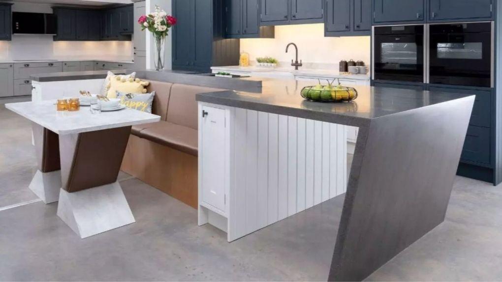 Corian Asimetrik Mutfak Tasarımı