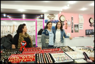 Meltem Bujiteri Hediyelik ve Takı Dünyası- Antalya TV- Muhabir Rüya Kürümoğlu22