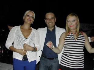 Etna Cafe- Aydın Atakan- Antalya TV- Muhabir Rüya Kürümoğlu (30)