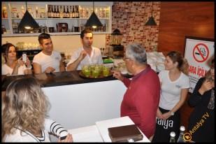 Talya Cafe Bistro- Nuri Alço, Fidan İlteray, Antalya TV, Muhabir Rüya Kürümoğlu (162)