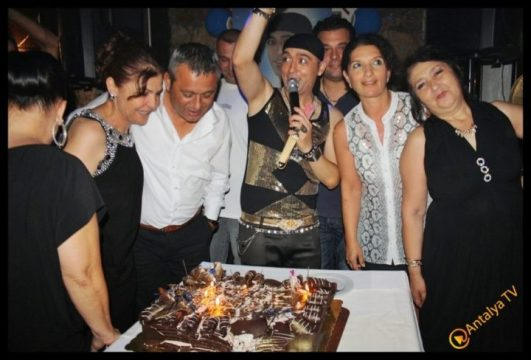Ömrüm Deniz Restaurant- Prens Boran Doğum Günü- Antalya TV- Muhabir Rüya Kürümoğlu (1)