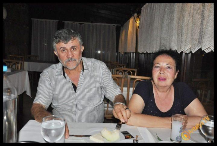 Kıbrıs Ada TV-  Tavukçu Show – Burhan Çapraz- Antalya TV- Muhabir Rüya Kürümoğlu- Prens Boran (11)