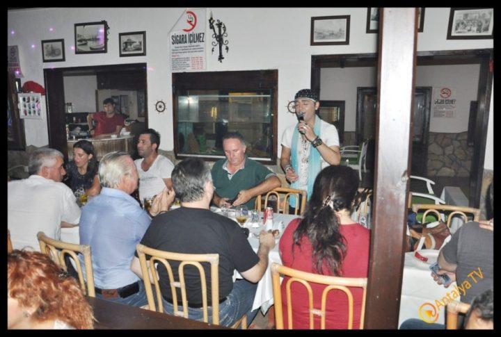 Kıbrıs Ada TV-  Tavukçu Show – Burhan Çapraz- Antalya TV- Muhabir Rüya Kürümoğlu- Prens Boran (72)