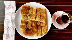 İnci Börek'den Antalya'nın meşhur serpme böreği...