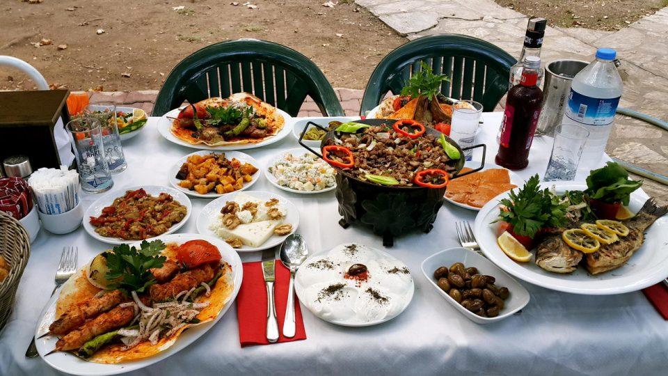 meselik-restaurant-antalyada-yesillik-mekanlar-gidilecek-yerler-aile-restaurantlari-19