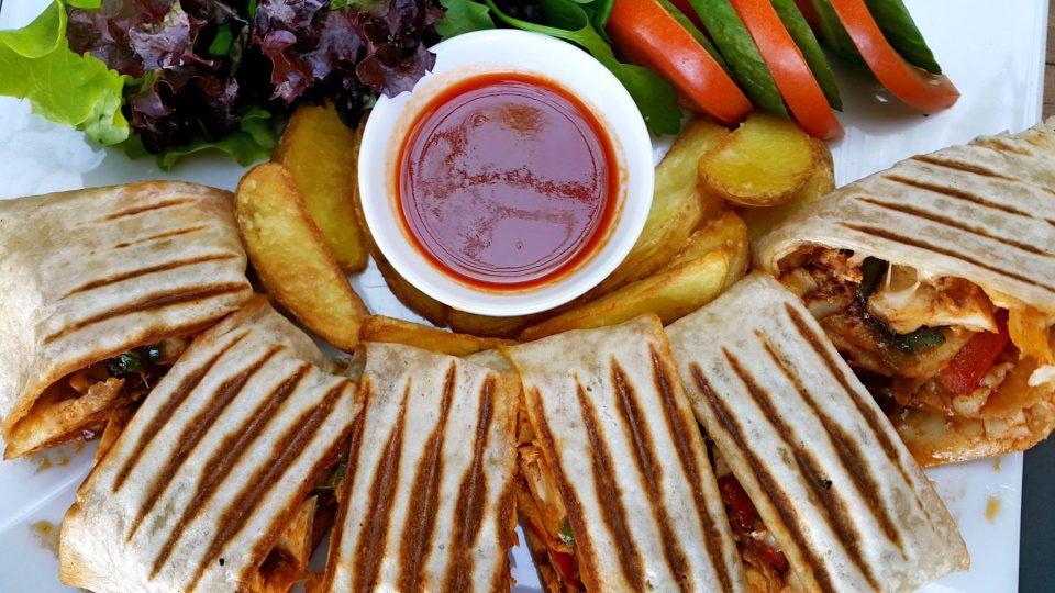 antalya-fastfood-ogle-yemegi-mekanlari-0242-259-2303-en-iyi-cafeler-tavsiye-edilen-mekanlar-pizza-wrap-durum-kofte-manti-4