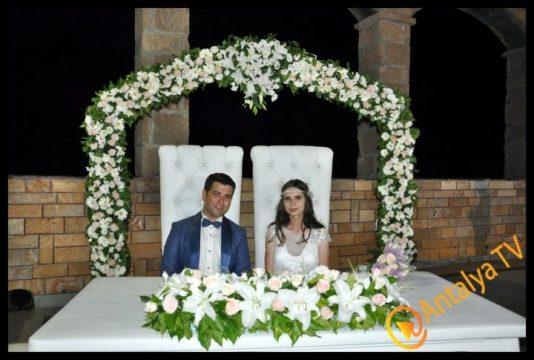 Necati Yuva, Valeryia İle Sera Otel_de Yuvasını Kurdu (9)