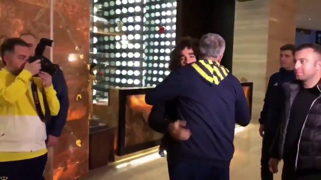 Sadık Çiftpınar Fenerbahçe'nin Antalya kampına katıldı.