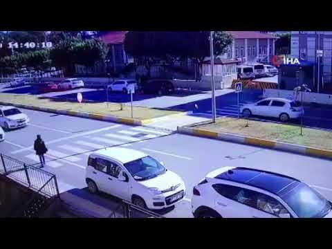 Yaya geçidinde inanılmaz kaza
