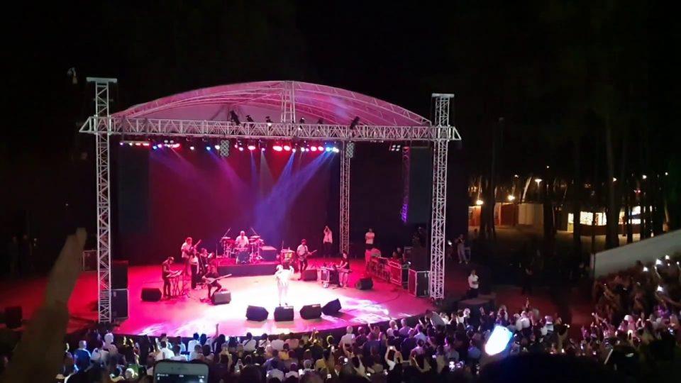 Uğurlar Olsun – Bir Pazar Sabahıydı – Selda Bağcan Antalya Konseri