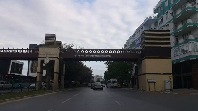 Real Kavşağı – Evliya Çelebi Caddesi – Mevlana Caddesi – Meydan Kavşağı Antalya Şehir içi Merkezi