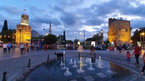 Saat Kulesi Antalya - Kale Kapı - Kapalı Yol Manzarası
