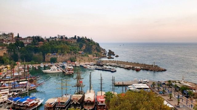 Antalya Gezilecek Yerleri - Yat Limanı İskele Kaleiçi Antalya