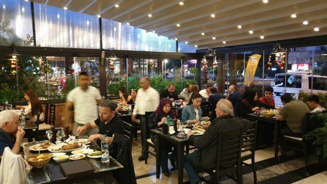 Nasreddin Restaurant'da İftar Telaşı - Antalya Ramazan İftar Menü