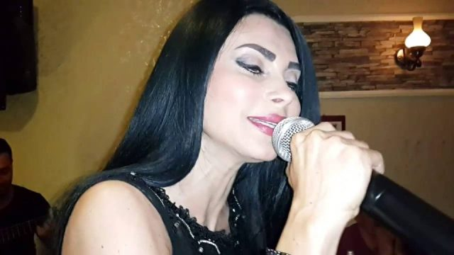 Ben Seni Gizli Sevdim – Bahçada Yeşil Çınar – Serpil Efe – Sıla Türkü Bar Türkü Evi Antalya