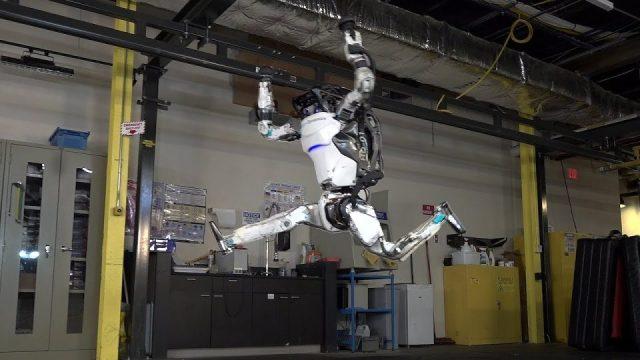 Robot Teknolojisi Çok Tehlikeli Bir Noktaya Gidiyor - Boston Dynamics'in Son Görüntüleri Şok Etti !