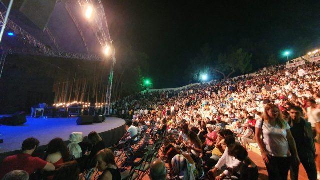 selda bagcan antalya konseri konyaalti acik hava tiyatrosu (31)