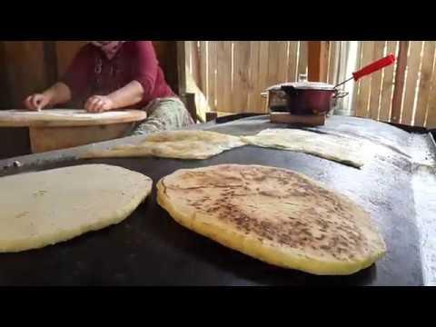 Çakırlar Köy Kahvaltısı Sedir Gözleme Çakırlar Serpme Kahvaltı Gözleme Bazlama