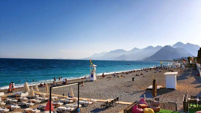 Konyaaltı Plajları - Konyaaltı Kent Meydanı - Antalya Sahili Deniz Manzaraları