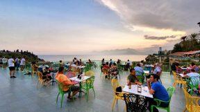Tophane Çay Bahçesi Antalya - Cumhuriyet Meydanı Deniz Manzarası