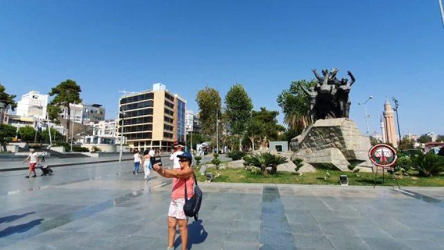 Cumhuriyet Meydanı Antalya Atatürk Heykeli Antalya Şehir Merkezi Manzara