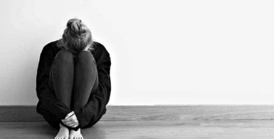 her seyden bikmak ali aksoy siir depresyon yalnizlik moral bozuklugu isteksizlik