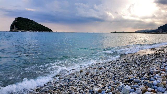 topcam piknik alani antalya (4) deniz manzarasi sican adasi plaj