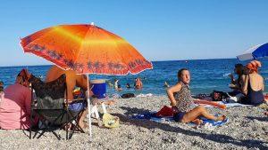 Konyaaltı Plajı Denize Girenler Antalya Beach Konyaaltı Kumsalı Deniz Manzarası