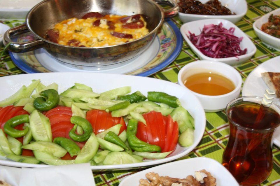 Antalya Kahvaltı Yerleri Sakinler Gözleme Bazlama Çakırlar (8)