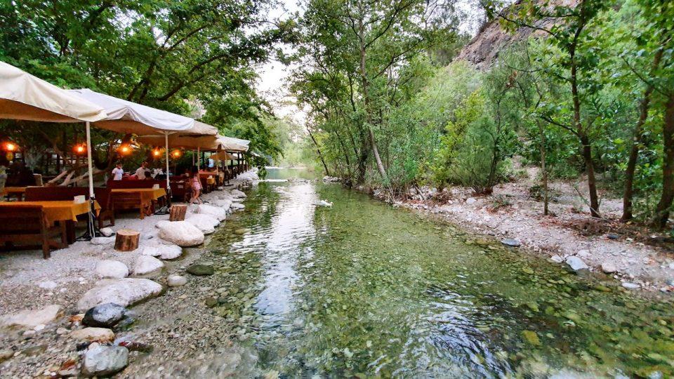 Kemer Doğal Güzellikler Gezilecek Yerler Kahvaltı Yarıkpınar Meydan Restaurant_11
