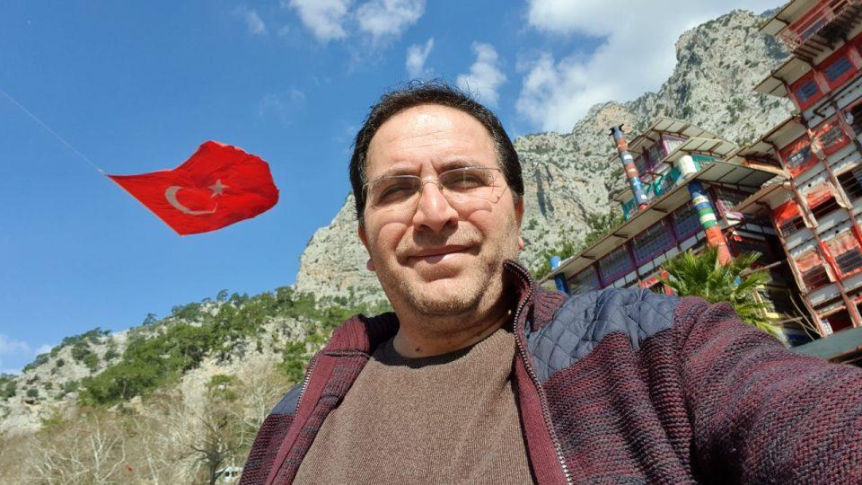 ali aksoy fotoğrafları sanatçı besteci söz yazarı şair 13
