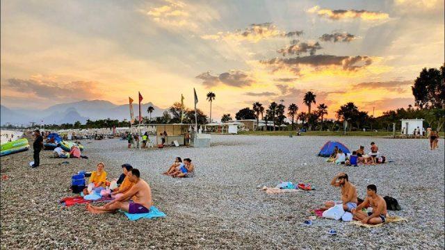 Antalya'da gün batımı deniz manzarası